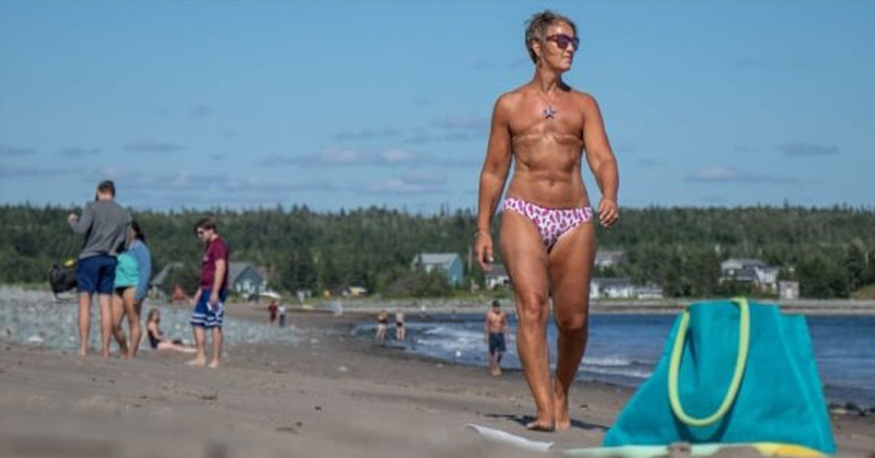 woman with a double mastectomy
